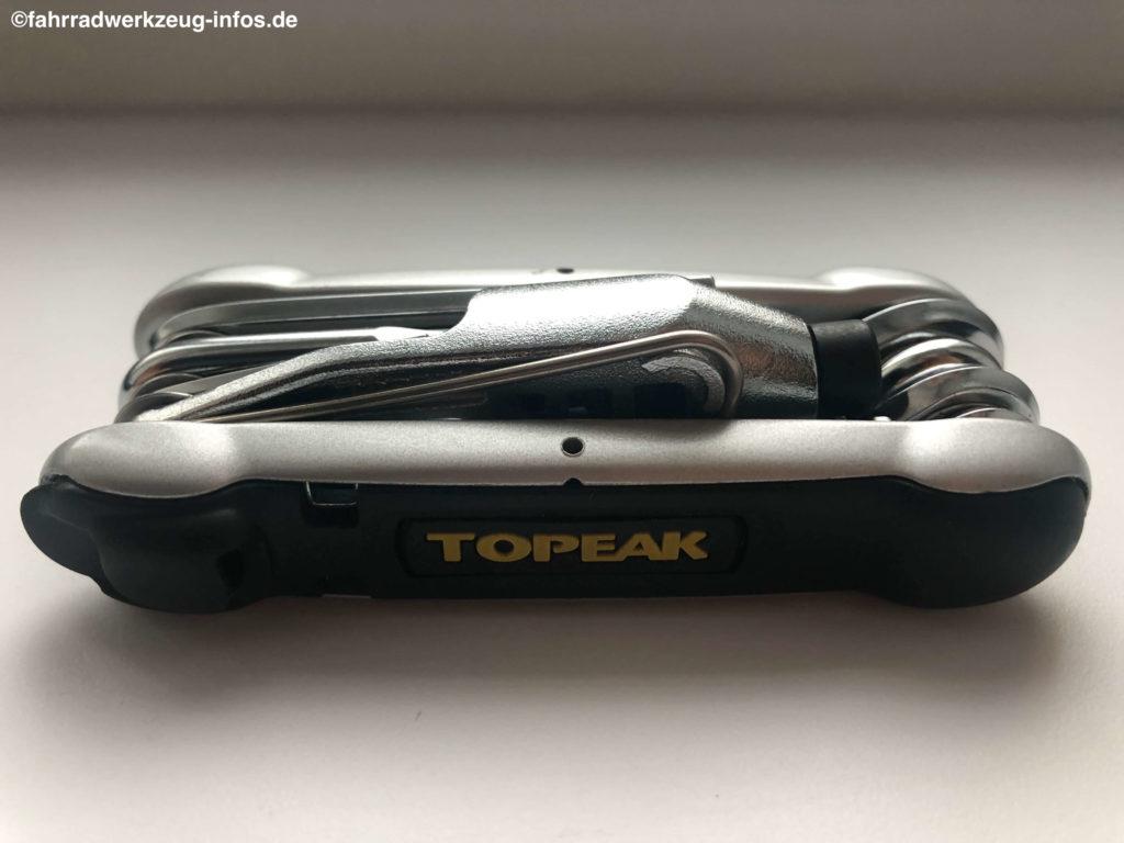 Ein kompaktes Mulitool gibt es von Topeak, den preisgekrönten Hummer 2 mit 16 Funktionen. Dieses Minitool ist ein sehr beliebtes Modell.